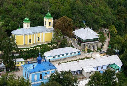 Организуется поездка по святым местам Молдавии