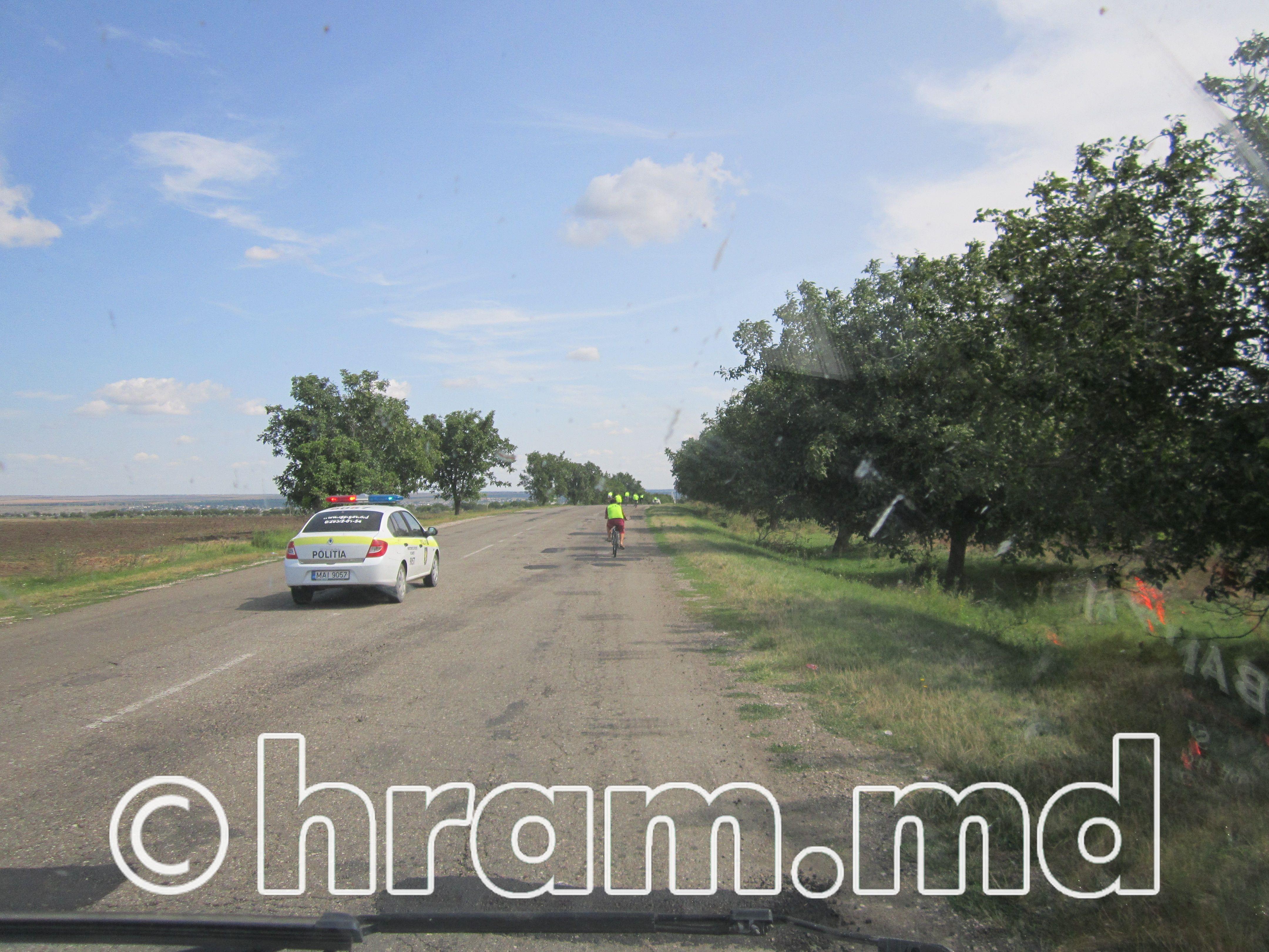 В селе Чишмикиой прошел велопробег православной молодежи, посвященный дню храма