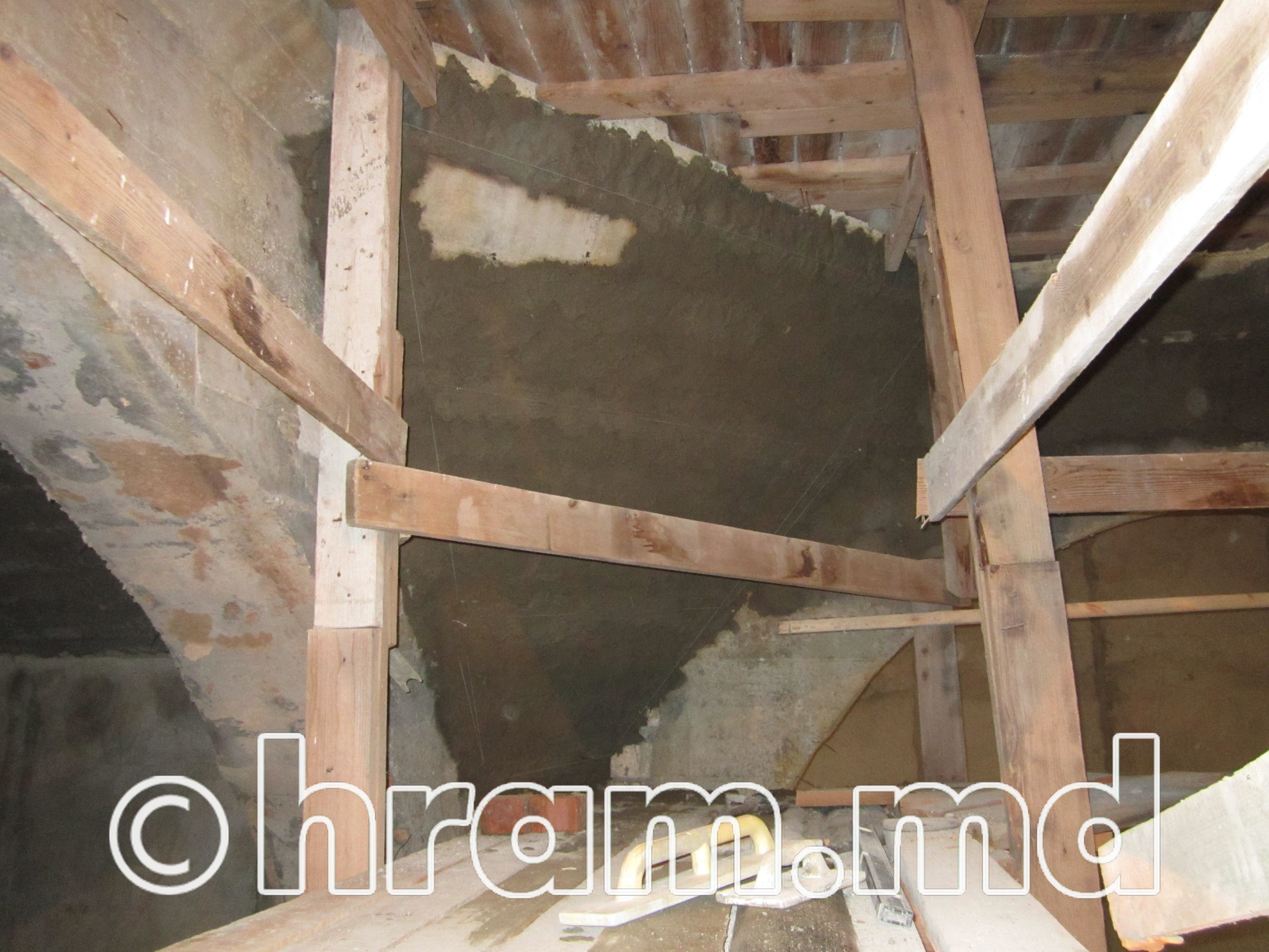 Внутренние отделочные работы в храме села Чишмикиой продолжаются