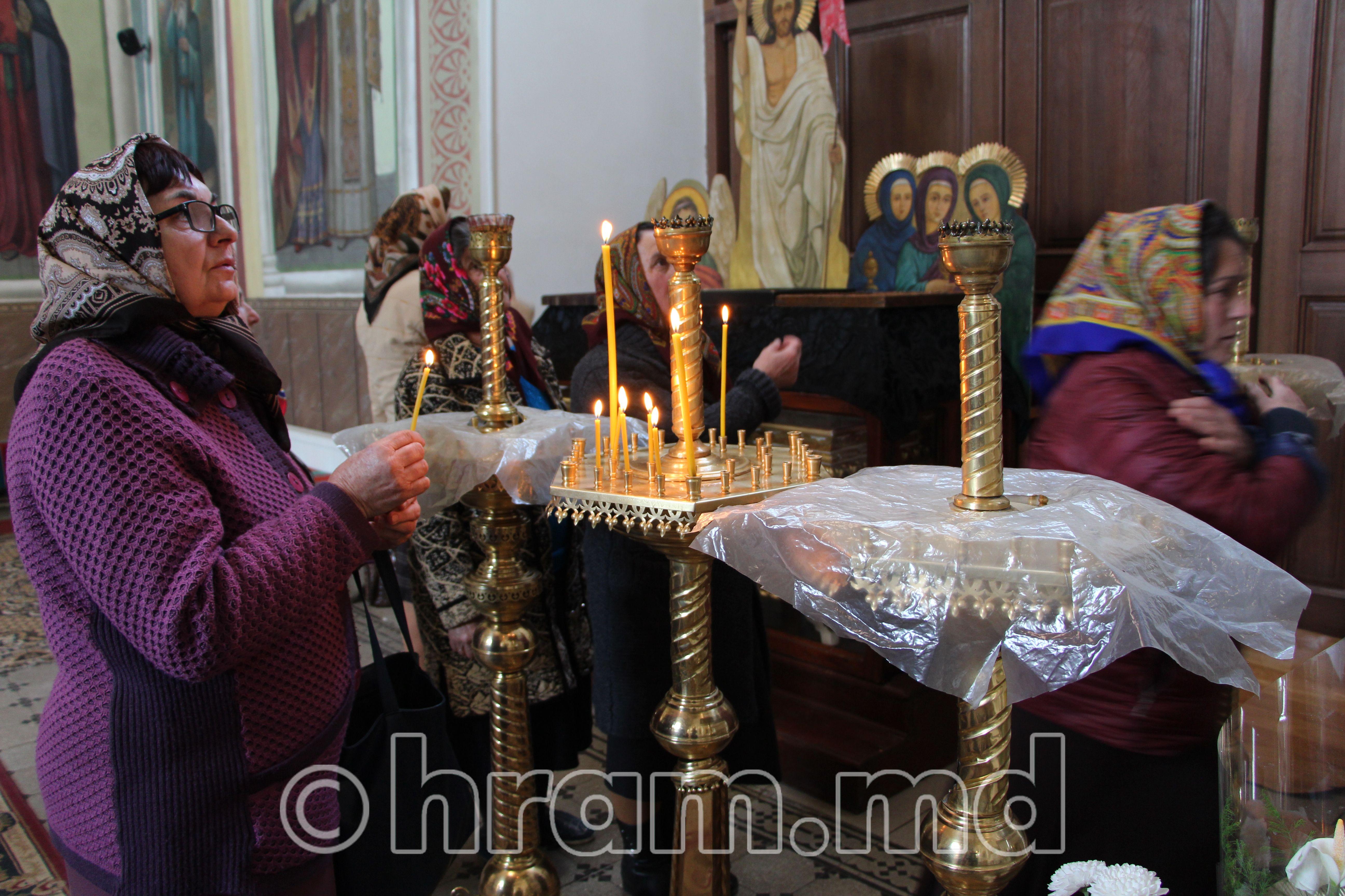 Жители Чишмикия помолились перед иконой «Призри на смирение»